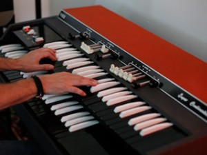Transistor Organ Sounds